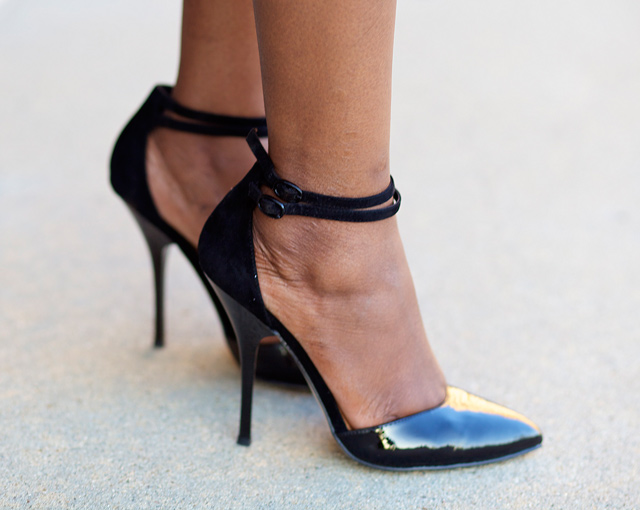 How to Wear Ankle Strap Pumps – Carey Fashion