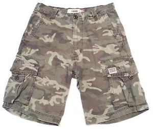 Camo Cargo Shorts Outfits for Men and Women – Carey Fashion