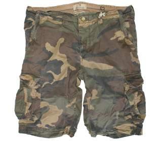 10ca8f53d11 Camo Cargo Shorts Outfits for Men and Women – Carey Fashion