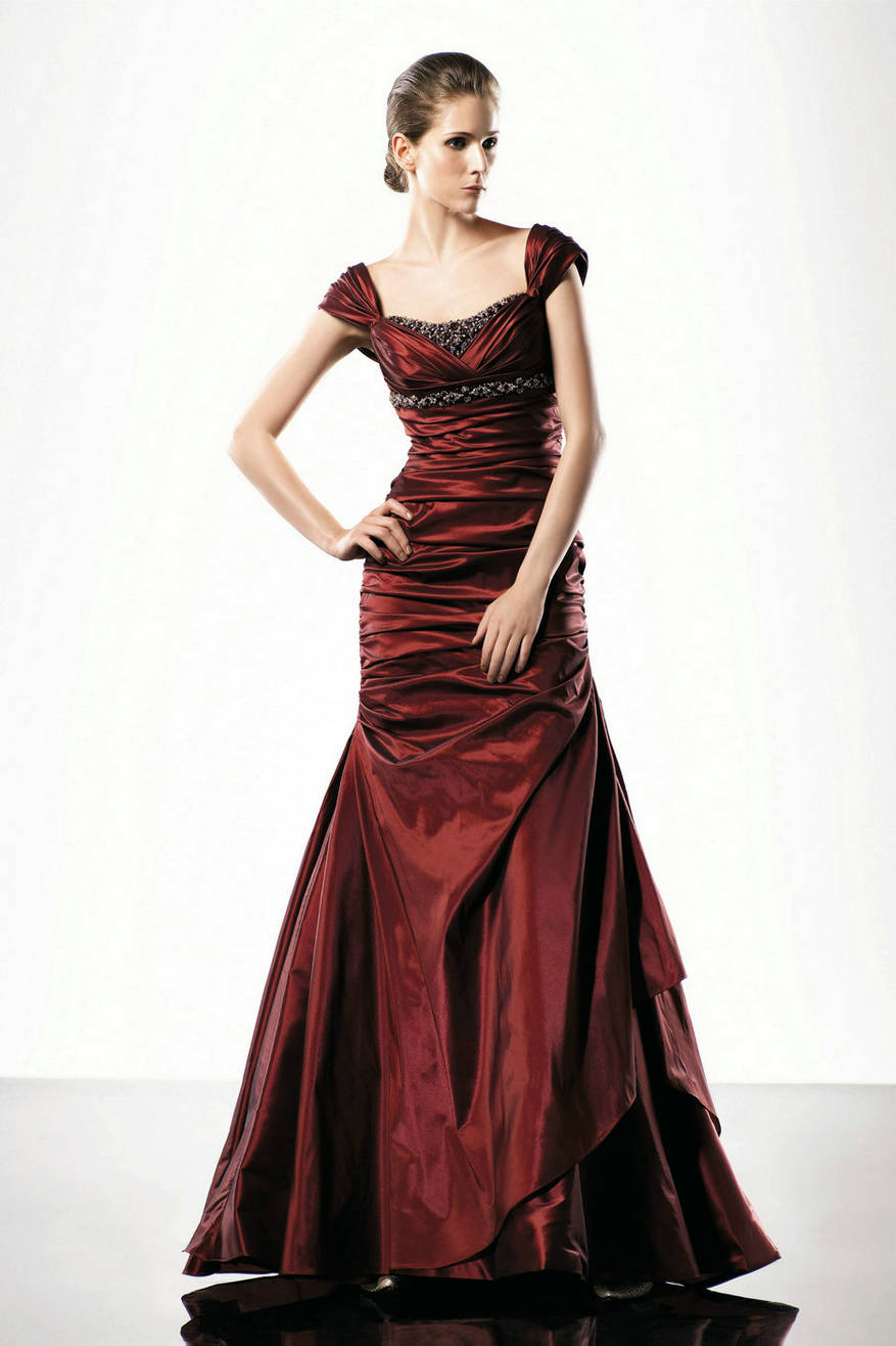 Types of Designer Evening Dresses To Choose From Carey