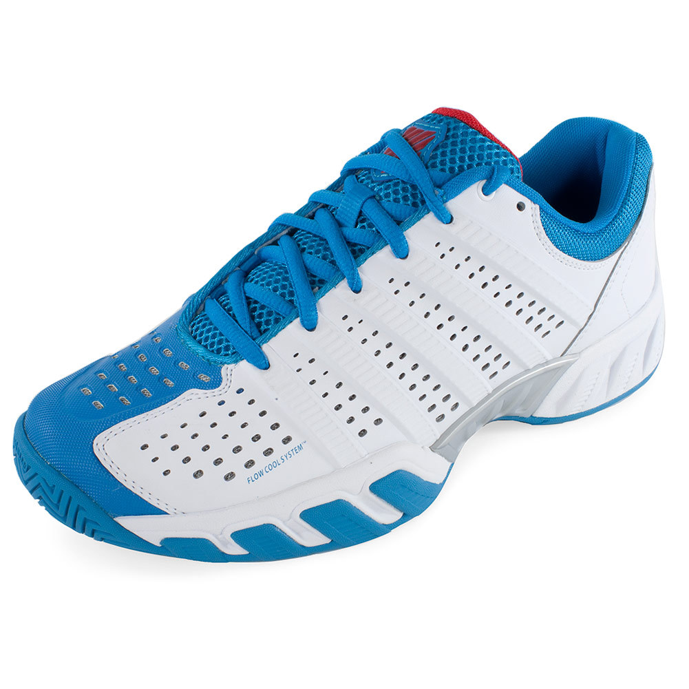 What Shoes Do You Wear To Play Tennis