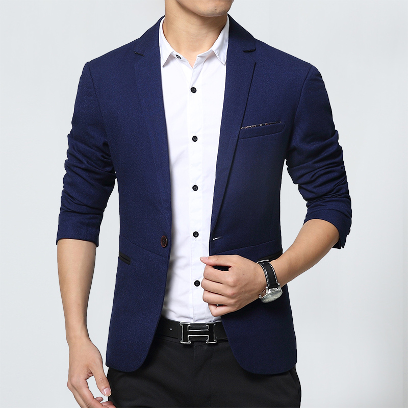 Casual Blazer Outfits Blazer with Jeans. Pairing a blazer with jeans is an excellent option for men who enjoy a smart casual style. The look is especially ideal for dinners, parties, dates, and more. To wear it, try opting for a black, casual blazer. Then, either pair it with black jeans for a contemporary appearance or blue jeans for a classic style.