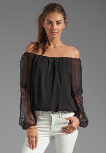 Shop the trend: Off-shoulder boho tops in plus-sizes online at neidagrosk0dwju.ga - a plus size clothing store. Free Shipping - see details.