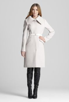 What to Pair with White Coats – Carey Fashion