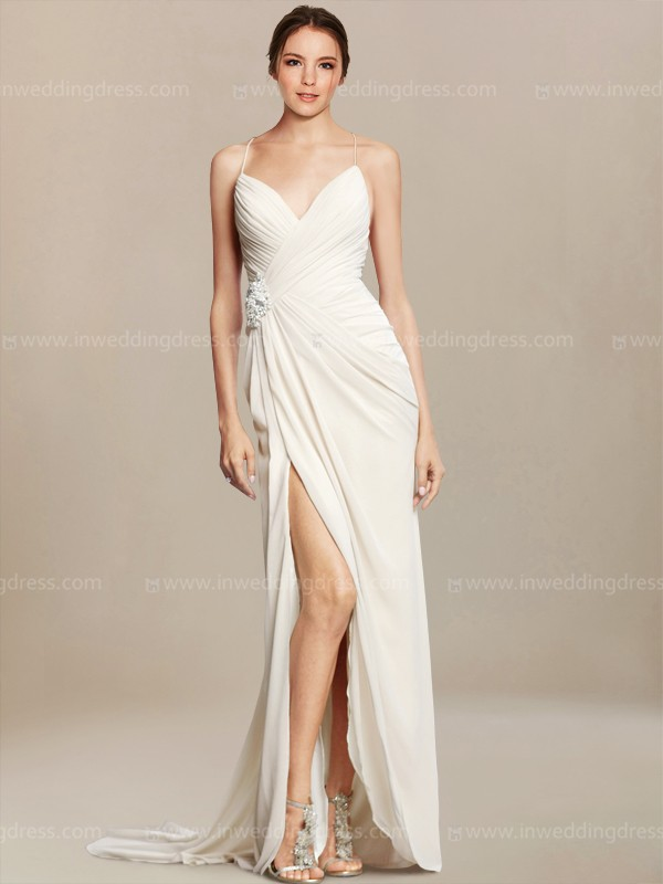 Casual beach wedding dresses choose your dream dress for Wedding dress for casual wedding