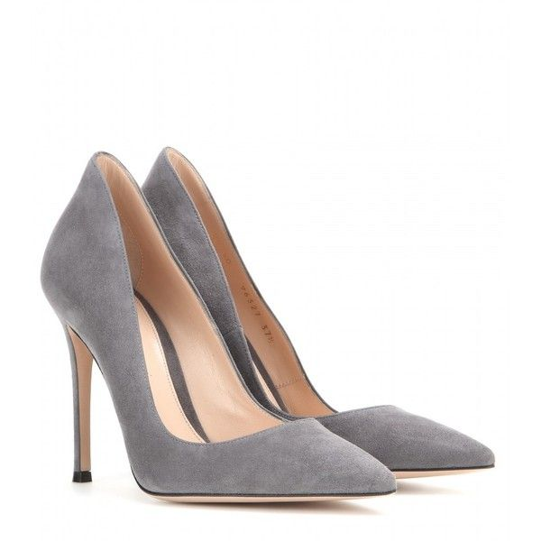 Grey Pumps – Classy Items to Pair with Them – careyfashion.com
