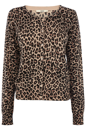 Apt 9 cardigan sweater in fun cheetah print is a lightweight blend of 84% cotton, 16% nylon (machine washable) and has six 1/2