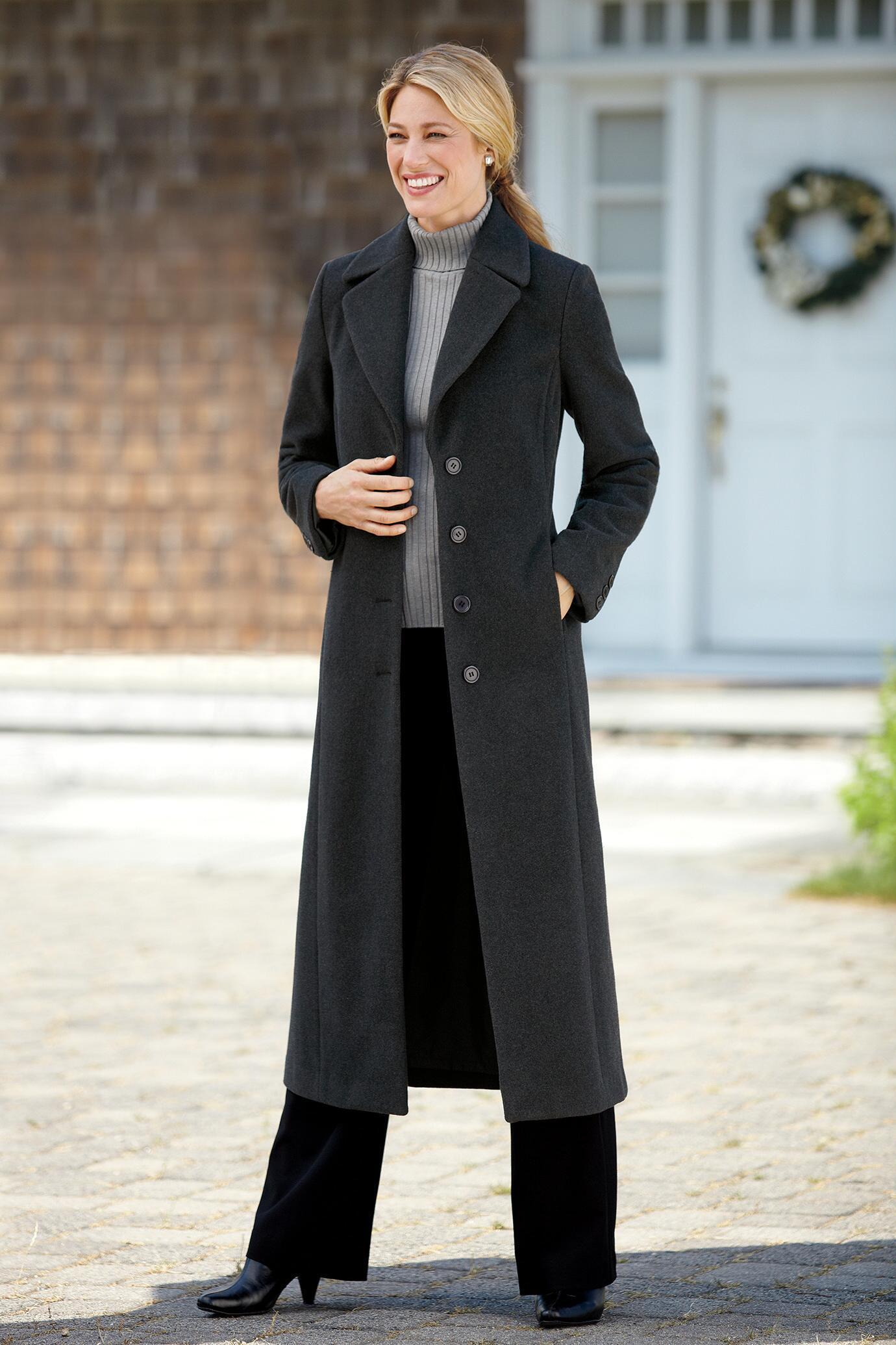 Long Wool Coat The Best Ways To Wear One Careyfashion Com