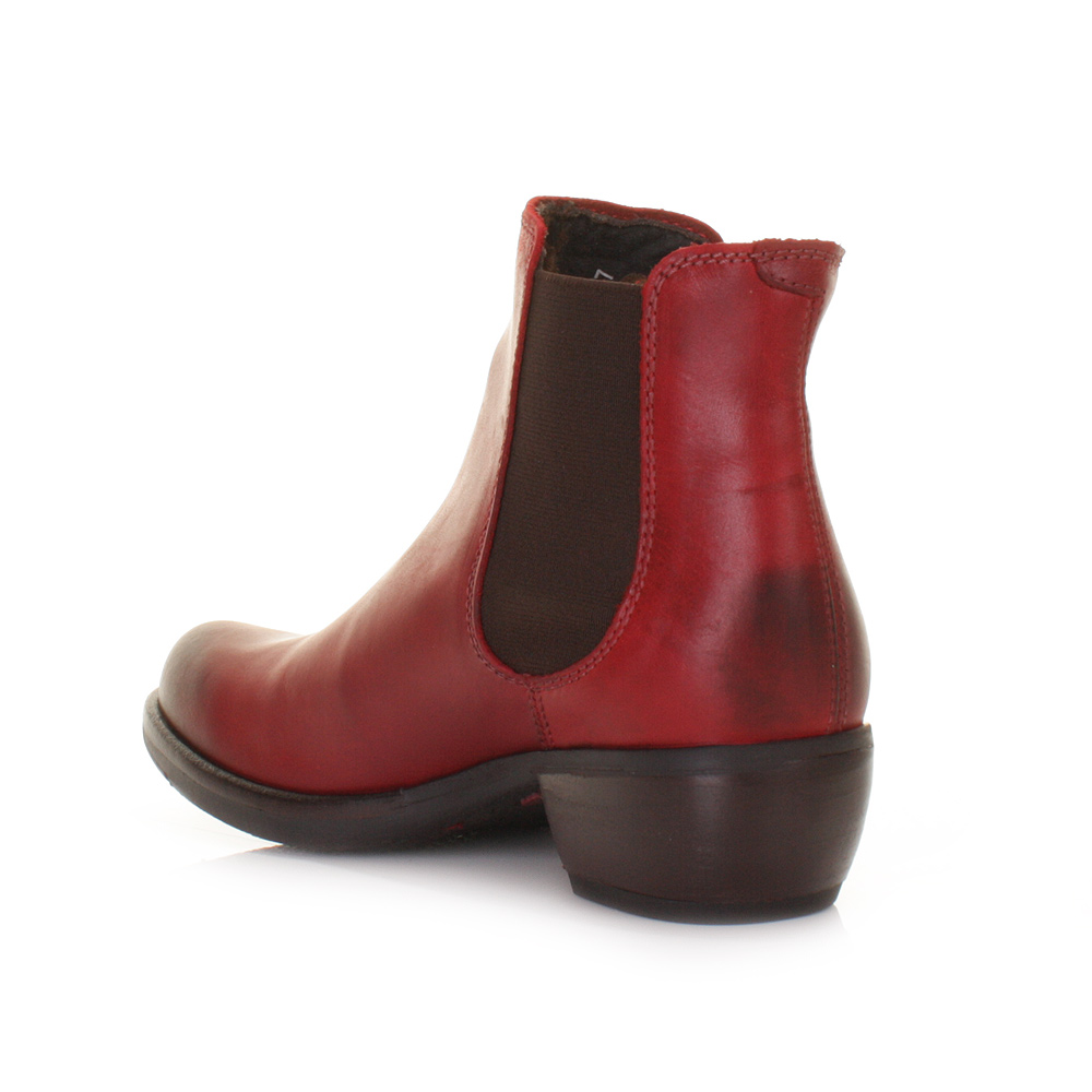 Discover our range of women's ankle boots at Dune London. This style is the wardrobe staple that will see you from season to season, the perfect wear-with-anything boot. Discover our range of ankle boots with everything from on trend velvet brocade and bright red pairs to everyday chelsea boots and.