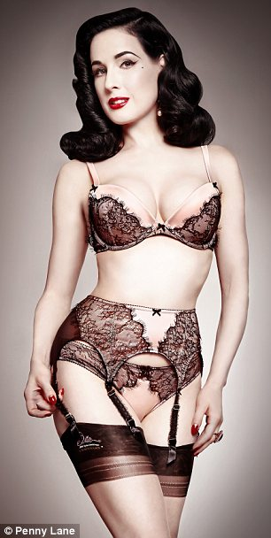 55d866410 But with retro lingerie you shouldn t afraid to opt for a super high high-waisted  piece because it just increases the sensuality in your look.