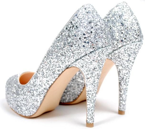 606fc4db45a5 DIY Ideas for Sparkly Heels – careyfashion.com