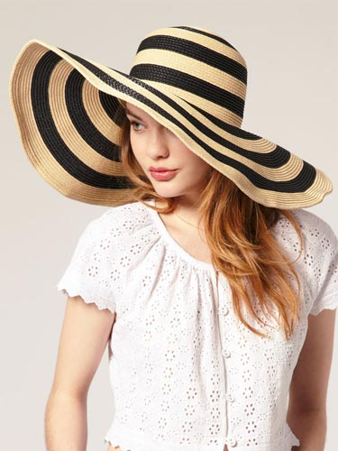 26addde8ffb9f Travel in time with this super cute floppy beach sun hat costs less than   8. Available in 4 different colors you can achieve your perfect vintage  beach look ...