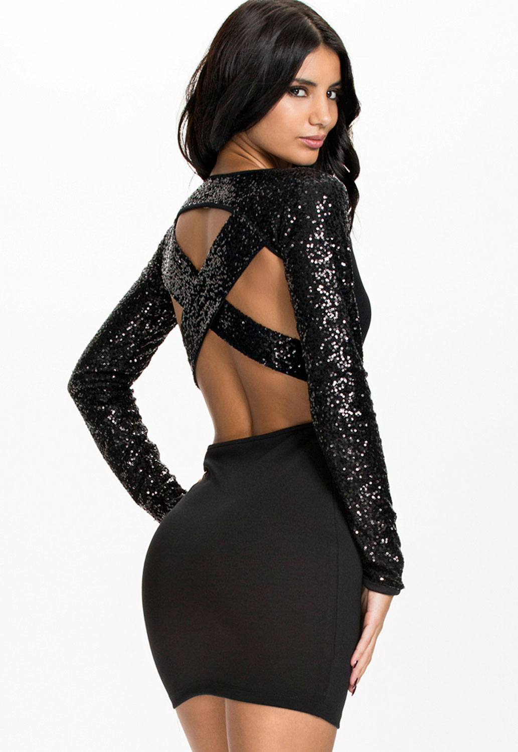 Which Club Dress to Get? Check Out The List
