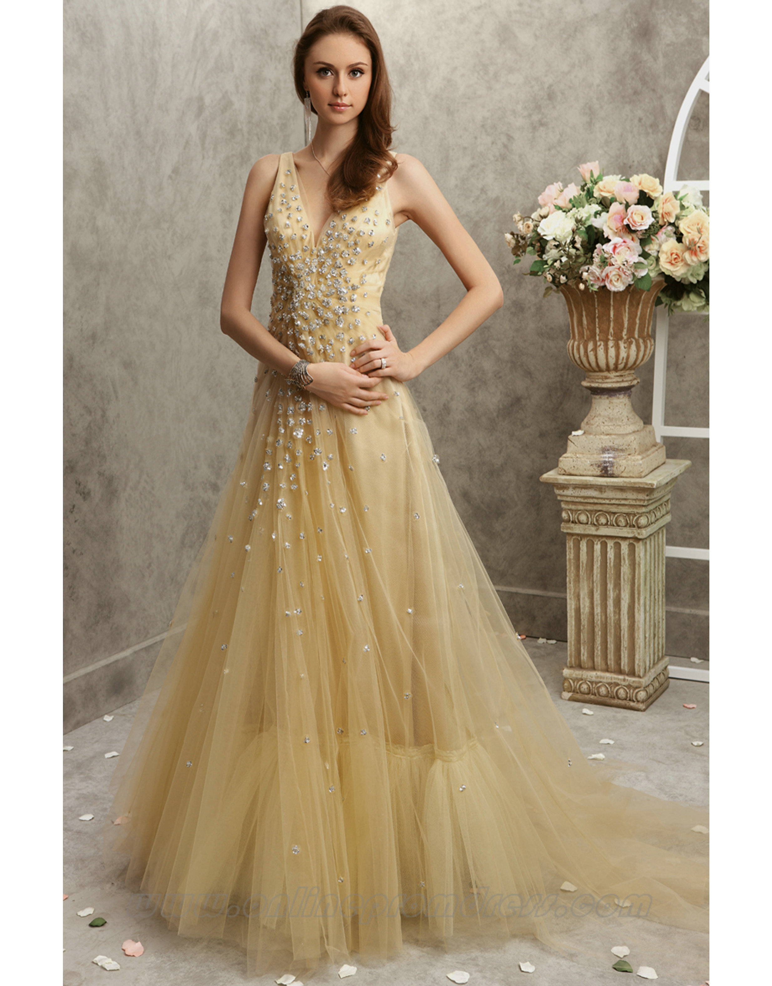 Buy Gorgeous Dresses with Variant Styles and Designs