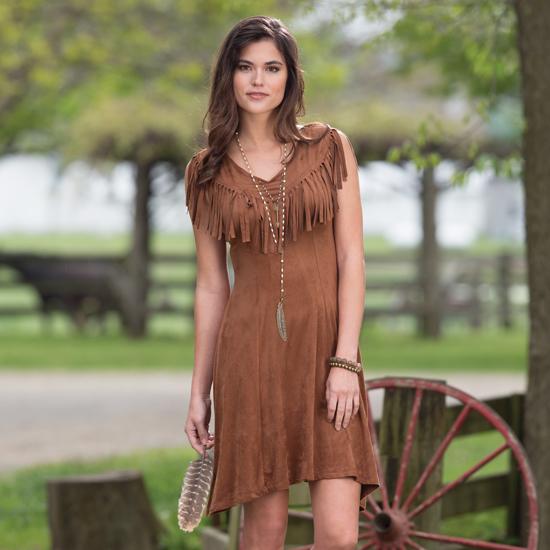Top 3 Spots for Shopping Women's Western Wear