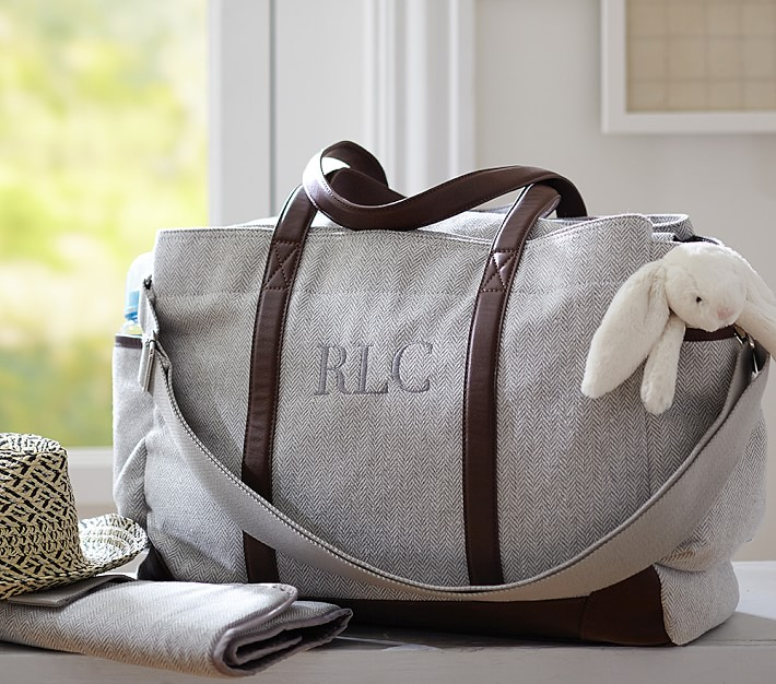 How to Pack Diaper Bags for Boys