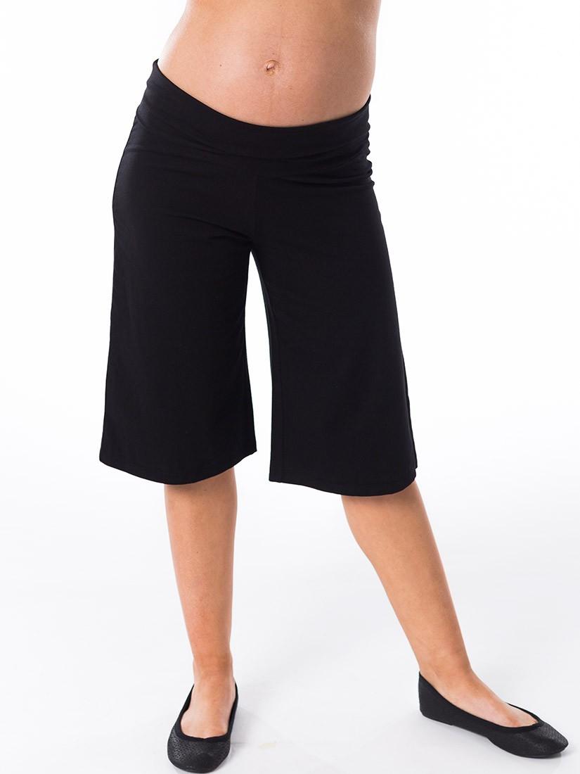Maternity Shorts: How to Wear them Fashionably