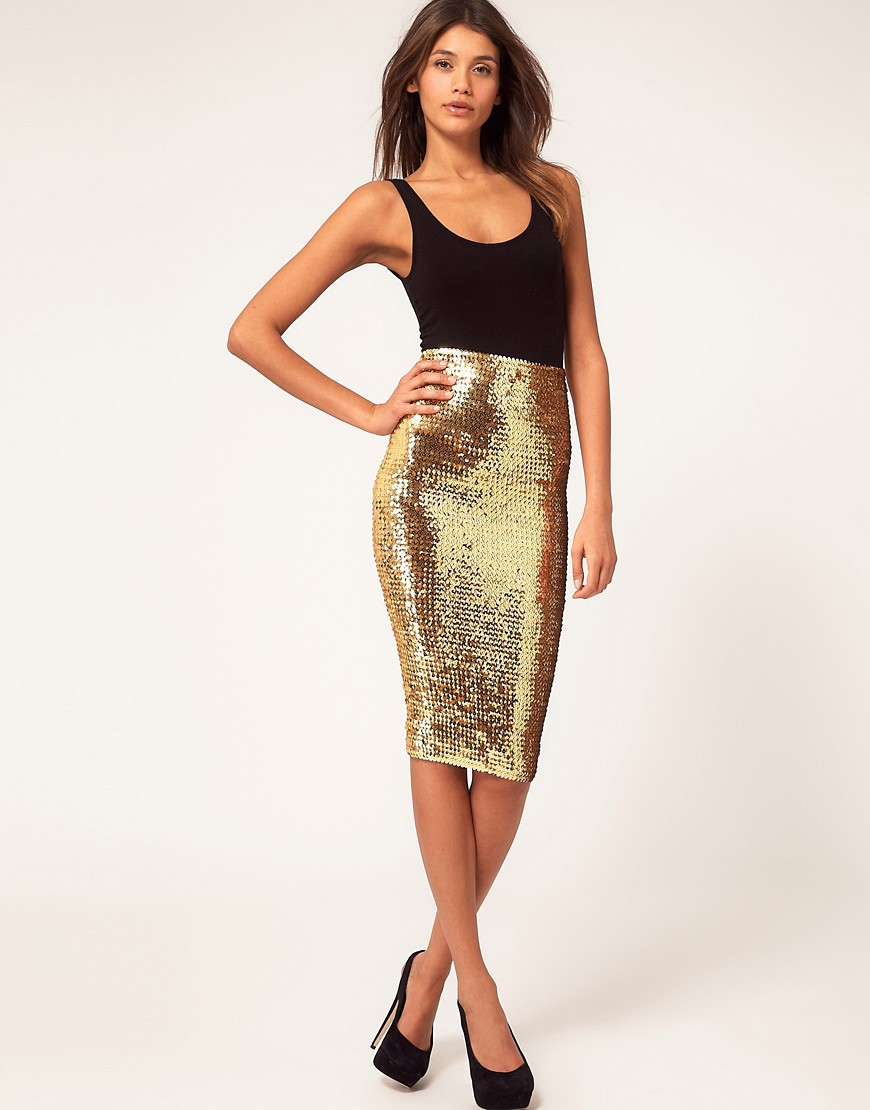 Sequin Skirt Outfits for Your Day