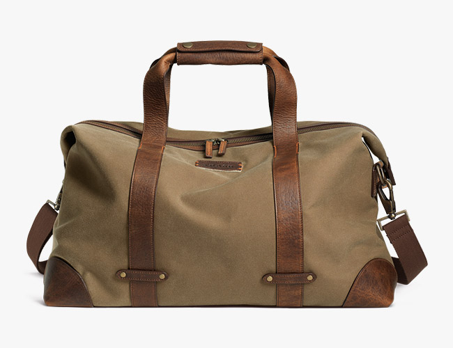 How to Pick the Ideal Weekend Bags for Men