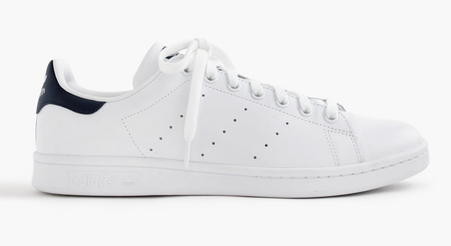 How to Whiten Dull and Dirty White Sneakers