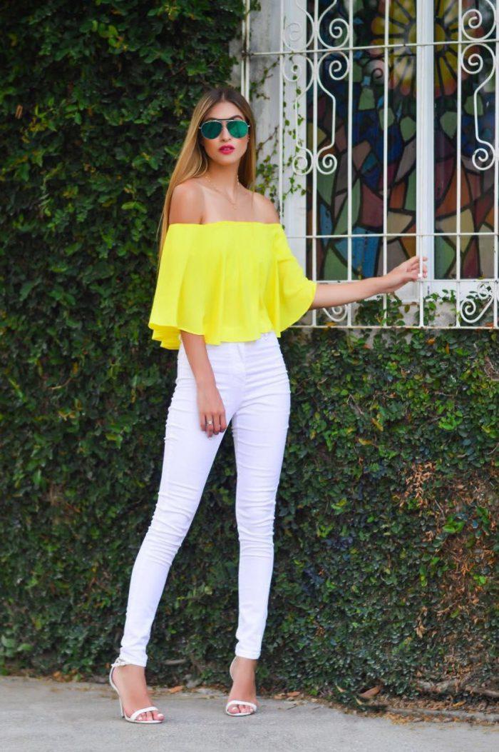 Women White Pants Street Style Looks 2021