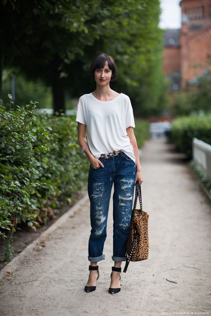 Make your boyfriend jeans look insanely hot in 2021
