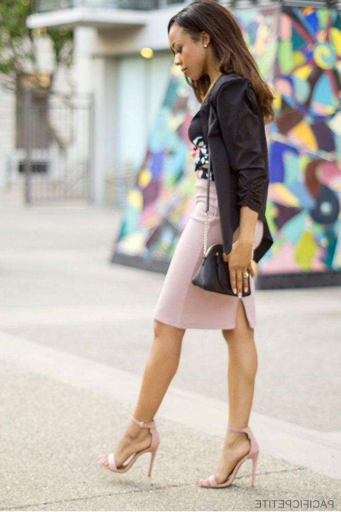 Women to wear blazers in everyday life in 2021