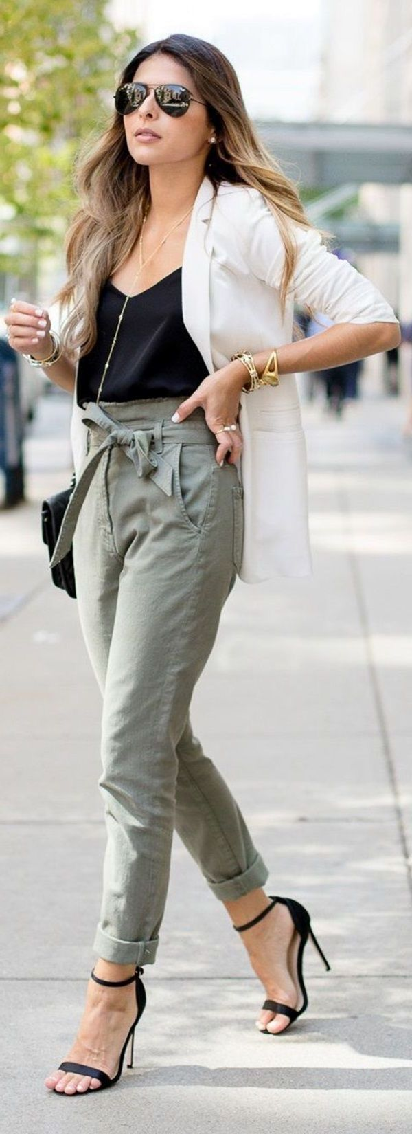 Best ways to wear khaki pants this summer 2021