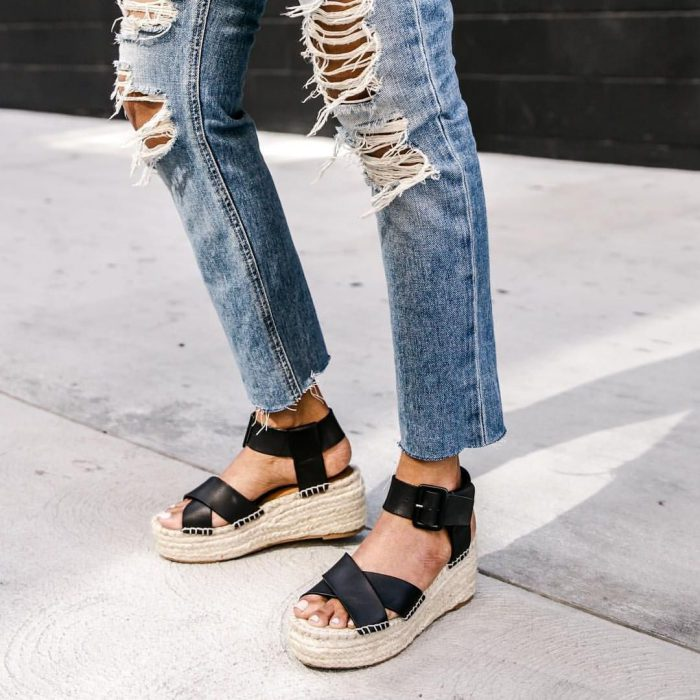 Summer sandals for this hot season of 2021