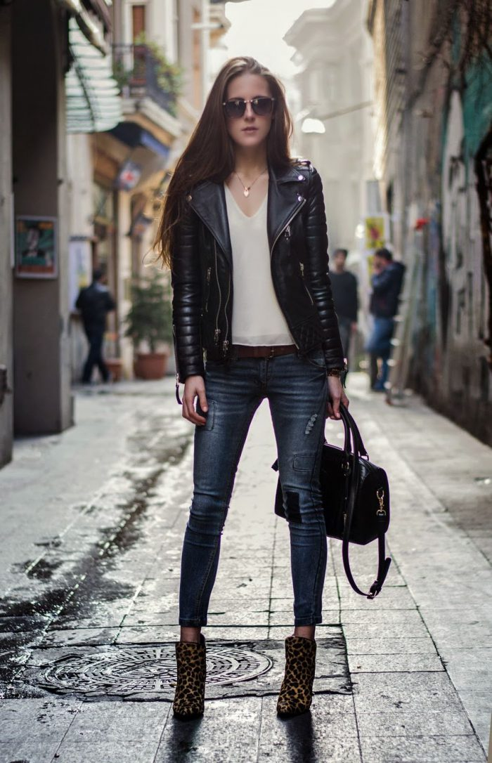Glam rock fashion trend for women 2021