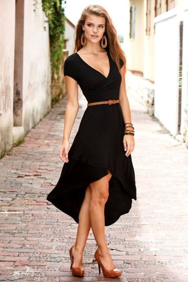 Best ways to wear your wrap dresses in 2021