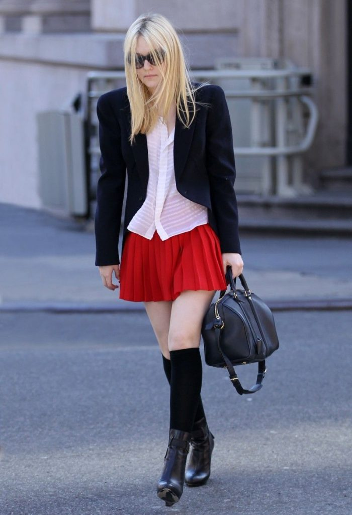 How to Wear a Mini Skirt When It's Cold 2021
