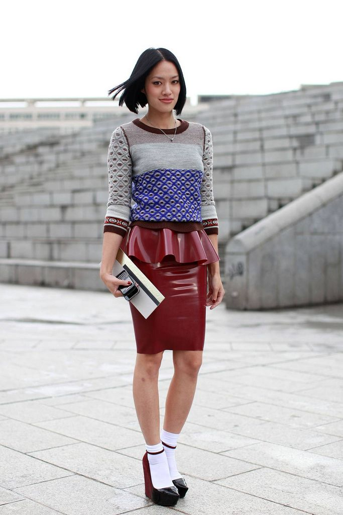 Best ways to wear patent skirts in 2021