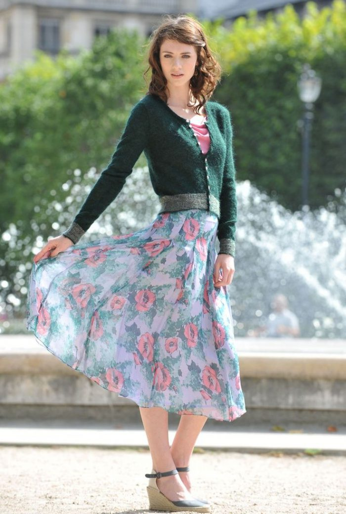 How to wear peasant skirts in 2021