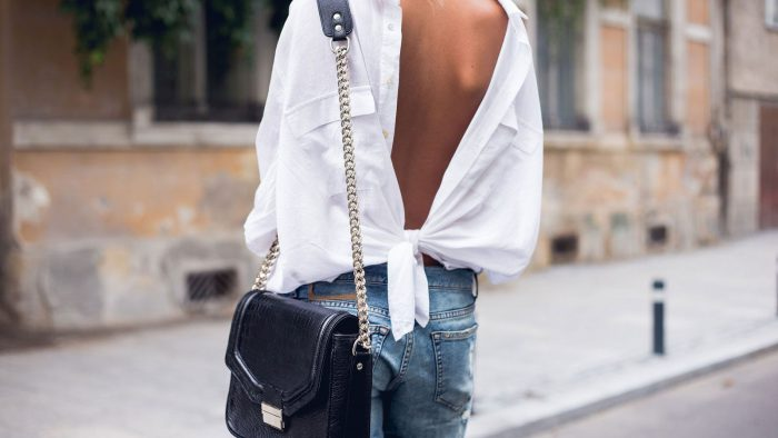 Fashion Trends: How to Wear the Back Shirts in 2021