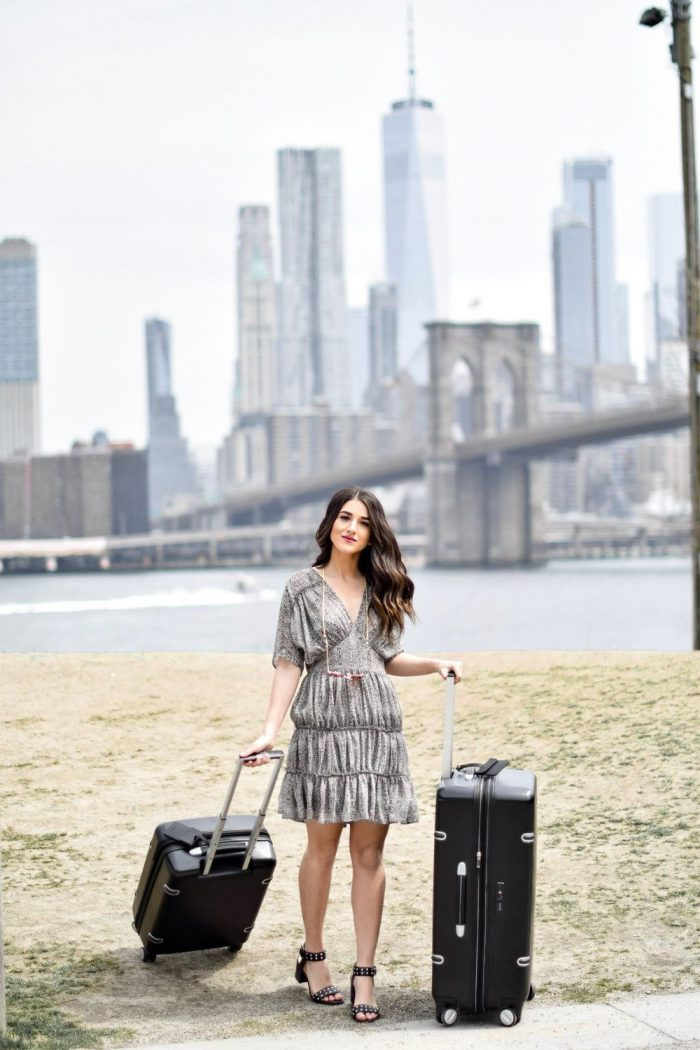 28 fashion travel tips for women 2021