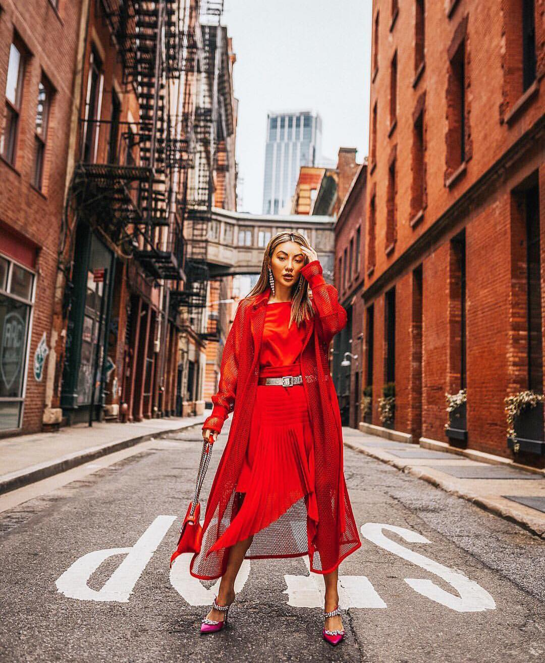 All red elegant outfit idea for summer 2021