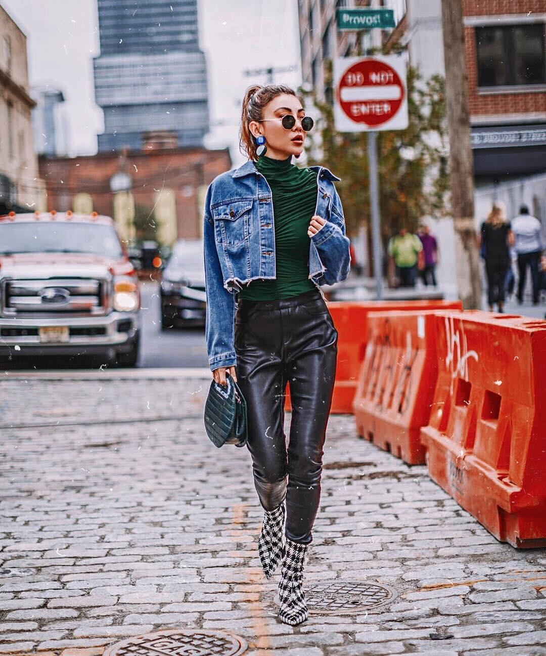 Can I wear black lederhosen with a denim jacket this fall 2021?