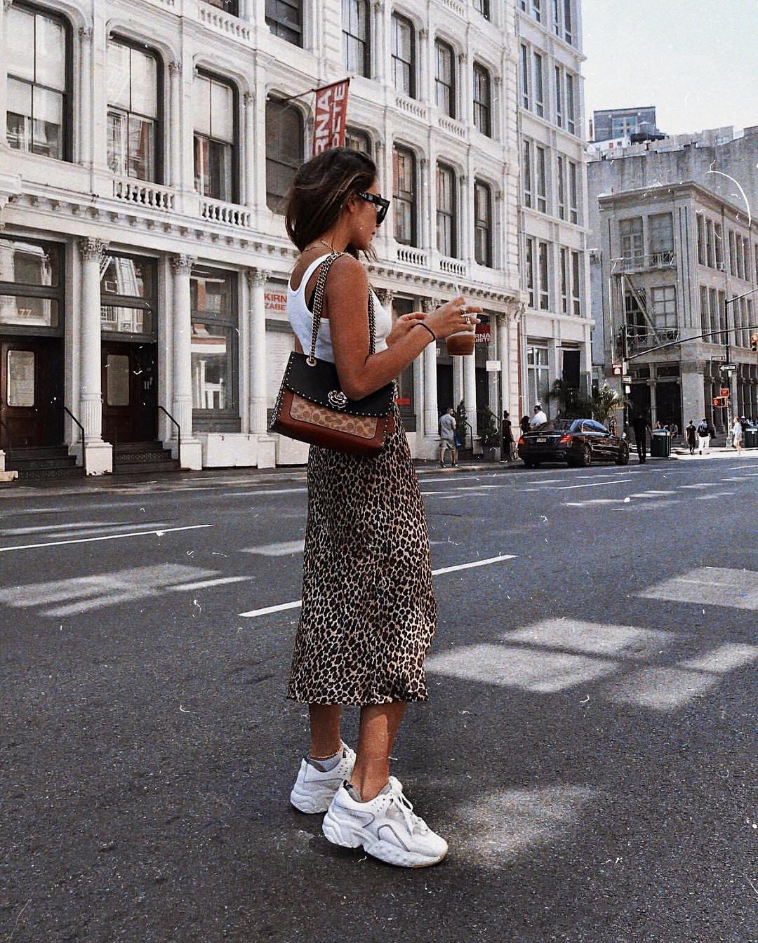 Can I wear a leopard print midi skirt and white sneakers this summer 2021?