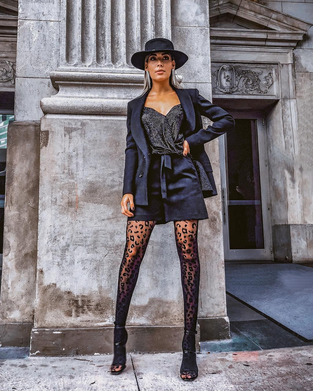 Autumn shorts suit in black for Night Outs 2021