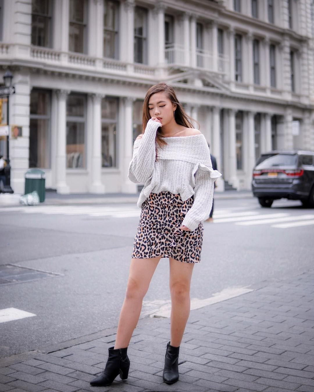 Off shoulder cream gray sweater and skirt with leopard print for fall 2021