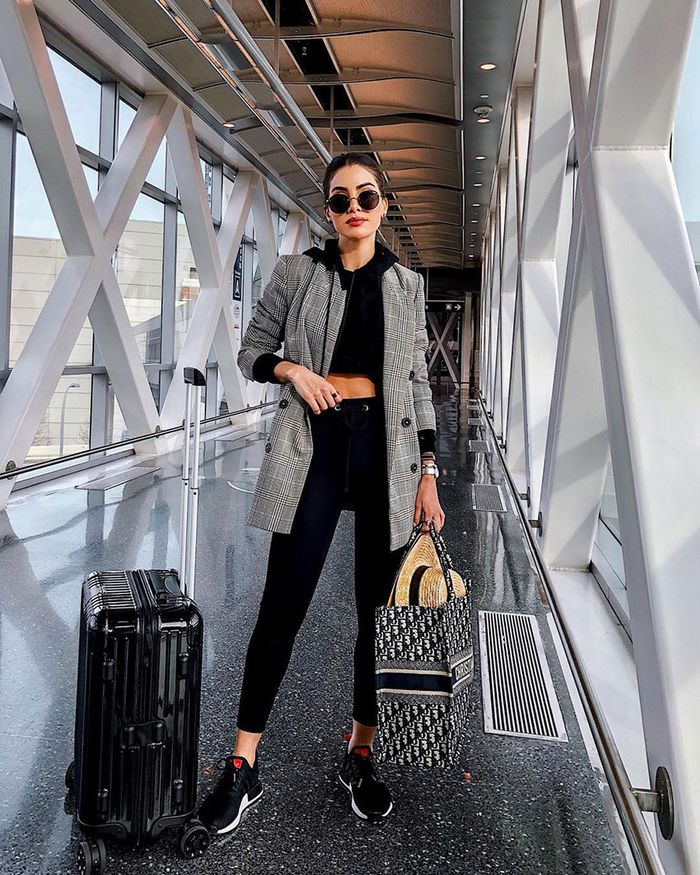 Airport Style Outfit