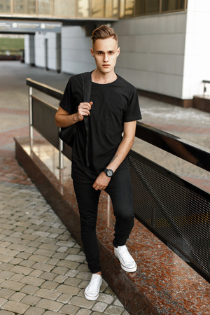Black T-Shirt, Black Pants And White   Sneakers
